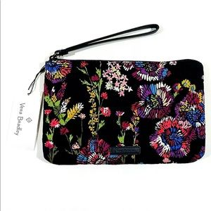 🆕 VERA BRADLEY Wristlet Midnight Wildflowers Bag